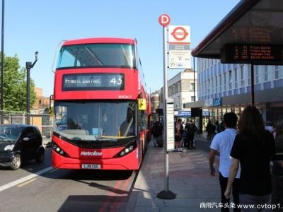 """""""中国红""""邂逅""""英伦红"""" 比亚迪联袂ADL首次为伦敦打造纯电动双层大巴车队"""