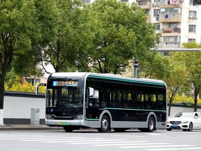 """领先司机一步及时预警!3433辆新能源公交车有了""""健康管家"""""""