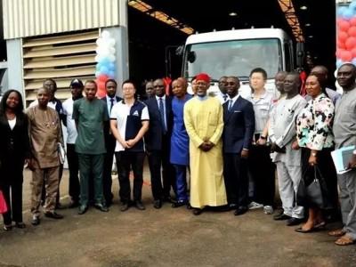 东风商用车在尼日利亚的首批CKD组装中重卡下线!