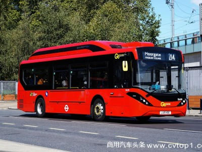 """比亚迪""""伦敦红""""上新了 !在英累计交付超200台"""