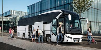 曼恩向匈牙利公交运营公司交付尼奥普兰客车