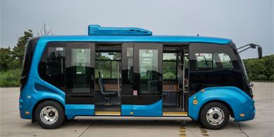 苏州金龙推出行业首款低入口微巴