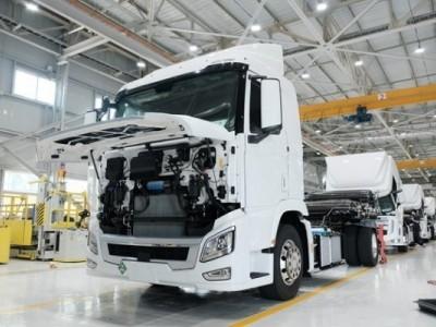 现代交付欧洲第一批氢燃料电池卡车即将正式上路