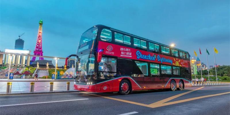 全新比亚迪纯电动双层观光巴士首投深圳