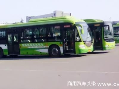 """十年""""钛""""风采——逐梦快充,微宏见证重庆公交高质量发展"""